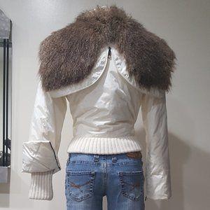 💥Rare Find💥Vintage Puffer Jacket With Fur Hood!